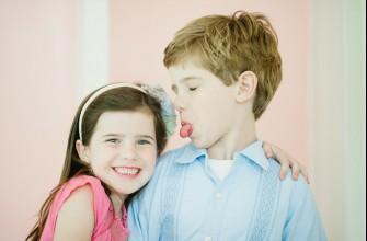 Χτίζοντας μια σχέση για αγαπημένα αδέρφια